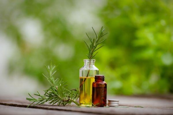 huile essentielle végétale Eva leaf traitement naturel mycoses vaginales